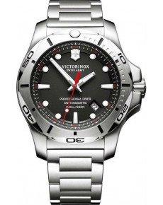 Мужские часы VICTORINOX V241781