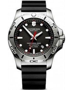 Мужские часы VICTORINOX V241733