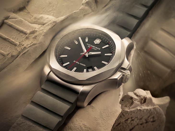 Противоударные часы цена и фото