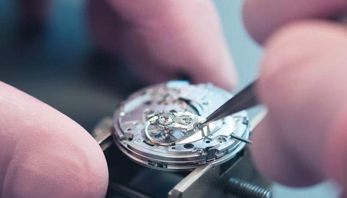 ремонт механических часов радо